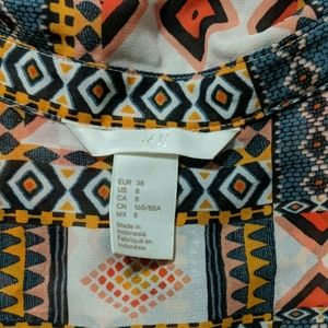 H&M Tops - H&M Sleeveless Blouse Size 8